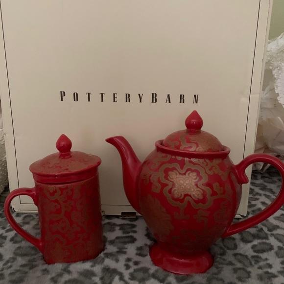 PotteryBan teapot& 4 mugsNtops 4 drain